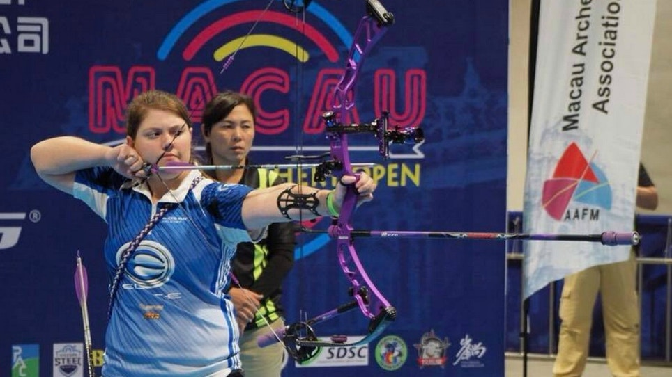 Elite Archery's Alexis Ruiz Celebrates First Indoor Archery World Series Win