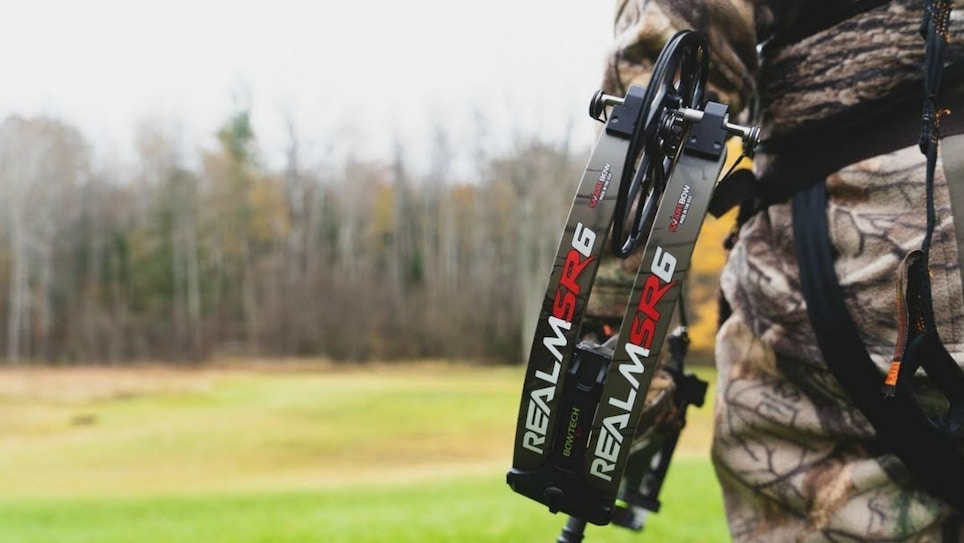 Bow Review: Bowtech Realm SR6