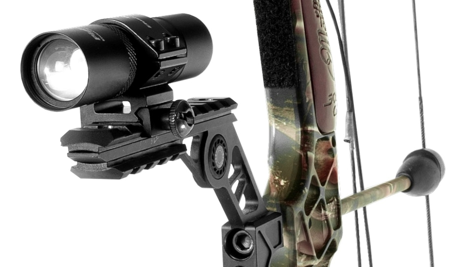 Hog Hunters: Deadly New Piglet HD Bow and Rifle Pro Light System