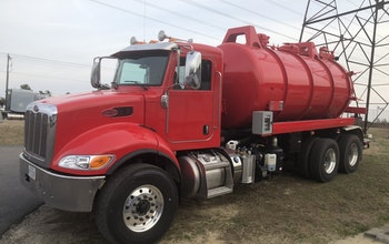 2018 Keith Huber Dominator mounted on Peterbilt with low hours
