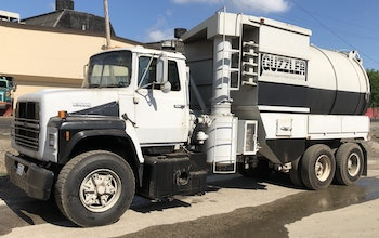 1988 Ford L 9000 Guzzler Baghouse