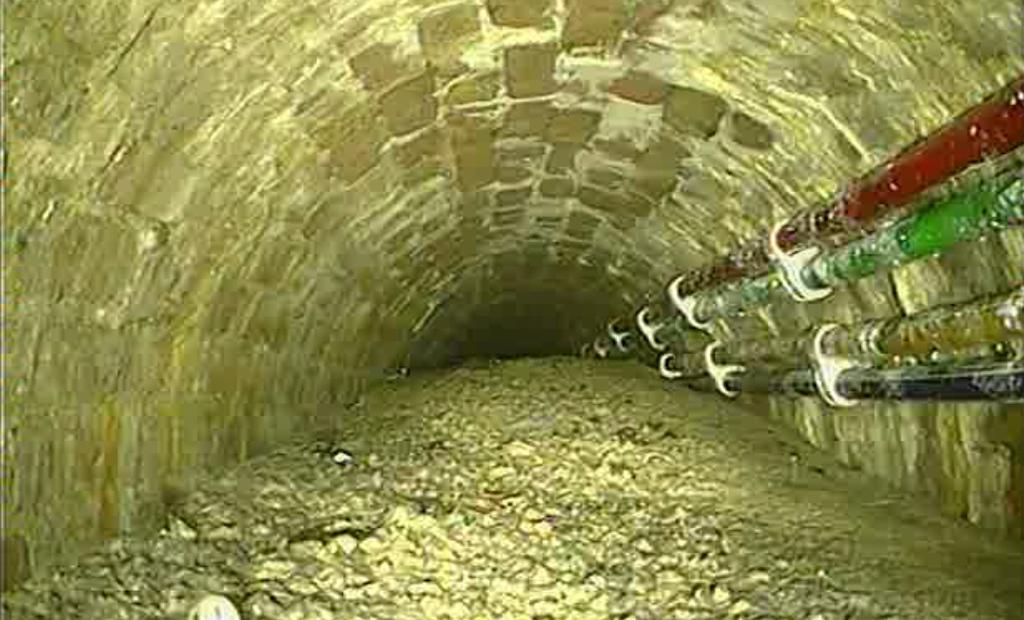 115 Tons of Hardened Concrete Blocks London Sewer