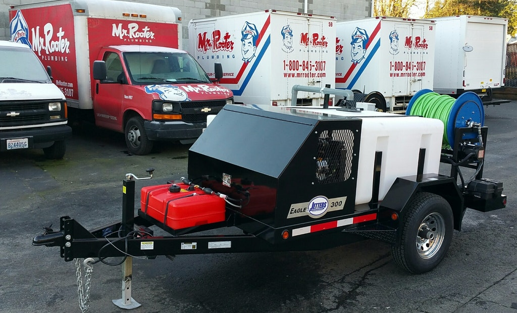 Franchise Grows with Versatile New Equipment