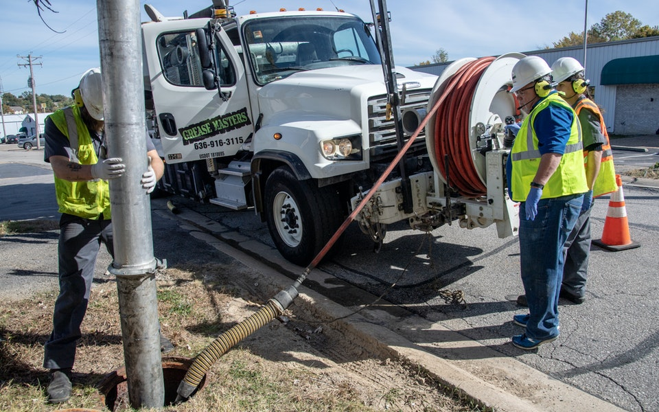 New Standards Available for Vacuum Excavation and Sewer Cleaning Equipment