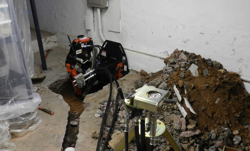Municipal Ordinances and Pipe Bursting Remedies for I&I