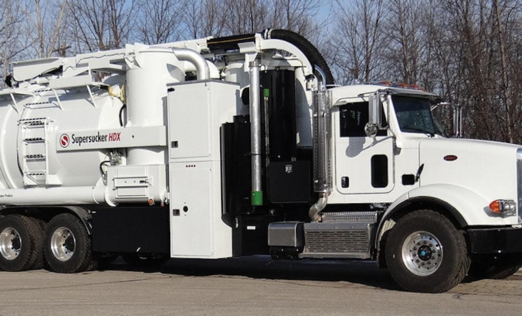 Industrial vacuum loader works as full-functioning hydroexcavator