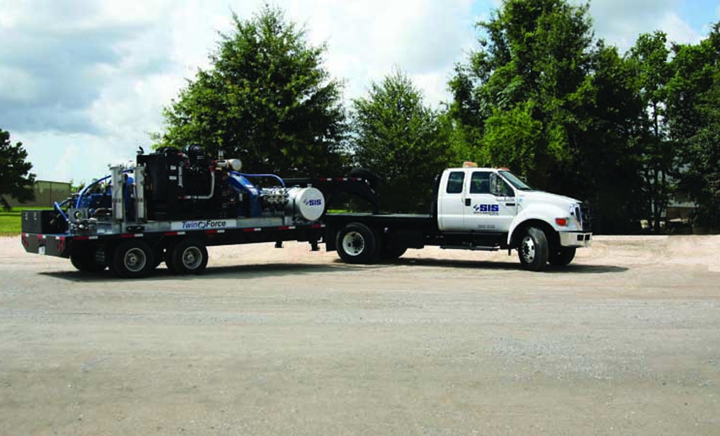 Hydroblasting Unit Does Double Duty