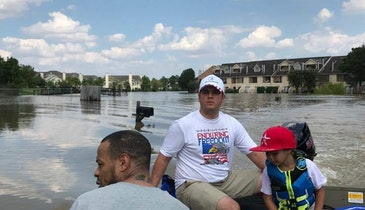 Contractors Take Break from Hydroexcavating to Help in Houston