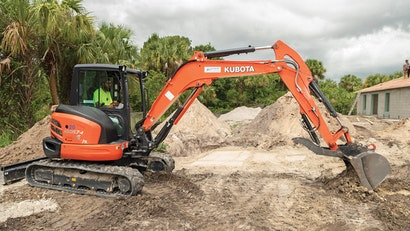Tips for Maintaining Excavator Undercarriages