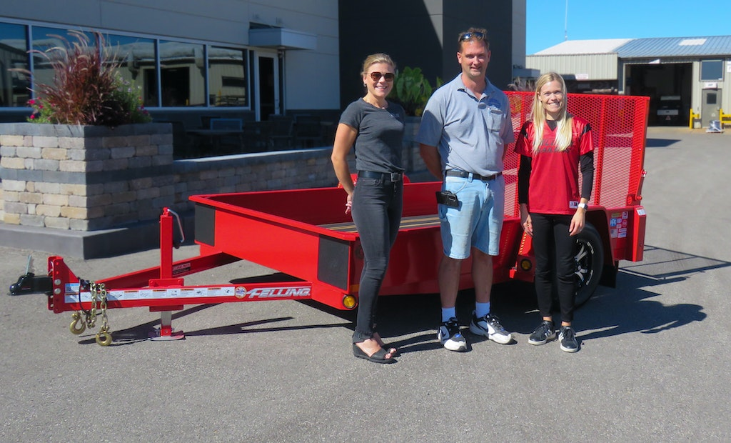 Felling Trailers Auction Raises Money for Minnesota Fire Fighters Foundation