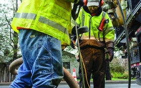 Wireless Headsets Bring Clear Communication for Contractors
