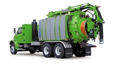 Aquatech B-10 Combo Truck Maximizes Municipal Efficiency