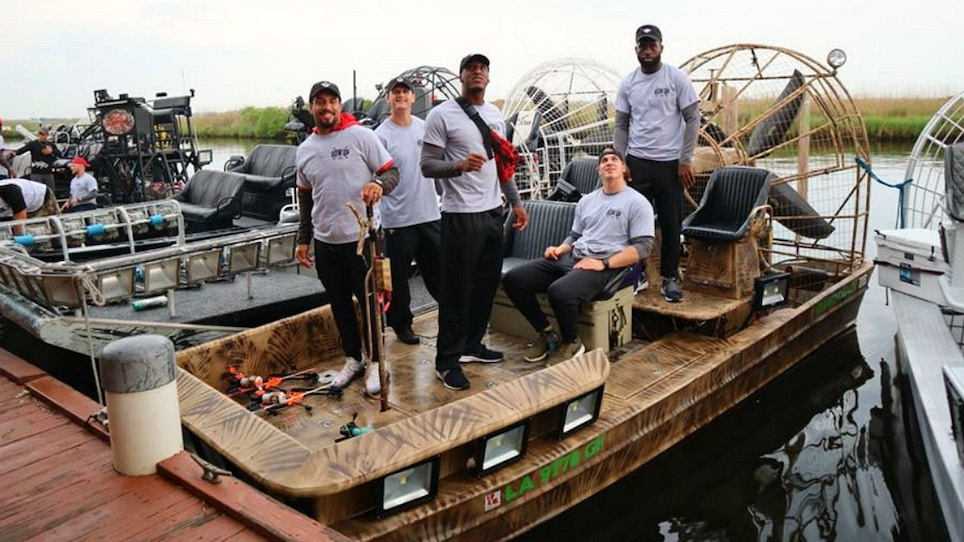 New Orleans Saints Hit the Water With Bowfishing Unlimited