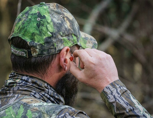 Regardless of whether you hunt with gun or bow, TETRA AmpPods accentuate animal sounds, which helps you pinpoint that distant gobble, bugle or buck grunt.
