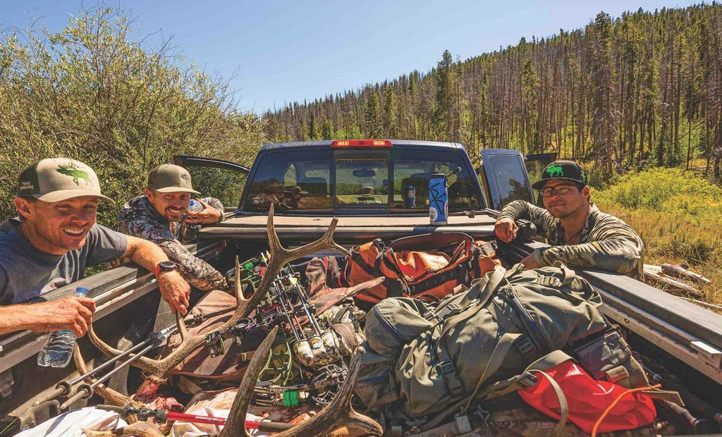 Bowhunting Elk: Don't Miss Close-to-Roads Honey-Holes