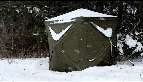 Because the Cage blind can support 800 pounds on its roof, hunters don't have to worry about it collapsing during a snowstorm.