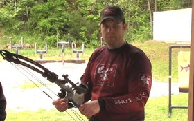 2014 Bowhunting Gear: Cajun Bowfishing