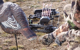 Wild Turkey Tip: How to Make Your Decoys Dance