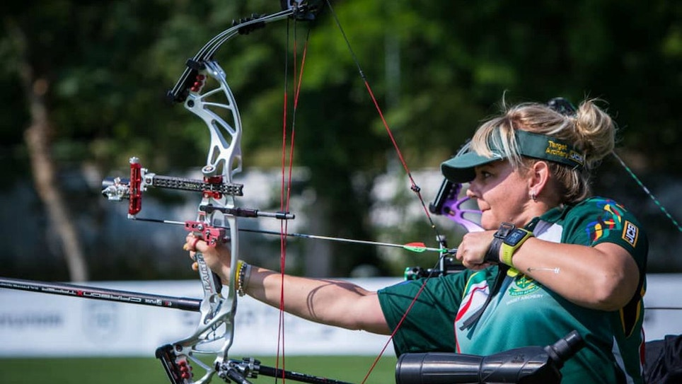 Bowhunting Tip: Draw Low to Minimize Shoulder Trouble