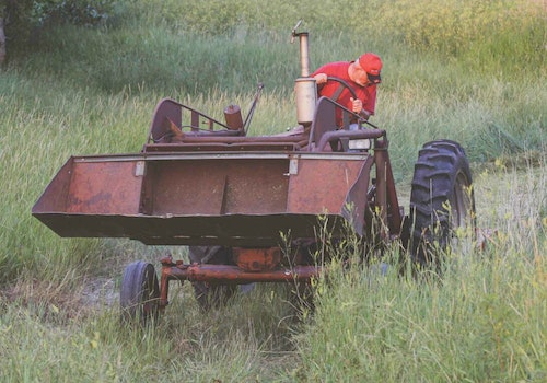 Farmers are in the middle of many busy chores during spring such as working fields and fixing fences, allowing you to blend in with their commotion.