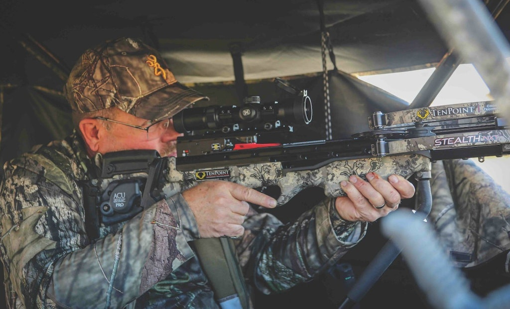 9 Crossbow Hunting Tips for Rutting Whitetails