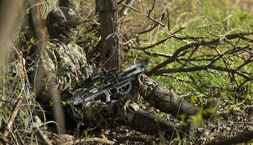 Deer Hunting's No. 1 Ground Ambush Tip: Break Up Your Silhouette