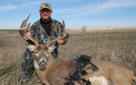 Monster Kansas buck is sweet redemption for bowhunter