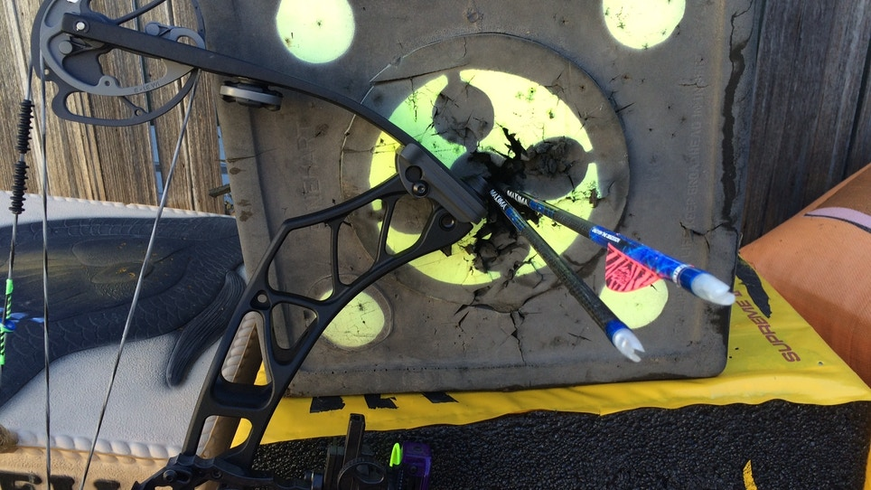 The Life Of A Bowhunter In Deer Season: Day 16 Testing Elite Archery's Impulse 31