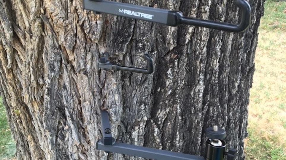 Realtee Gives EZ Hanger Line A Facelift