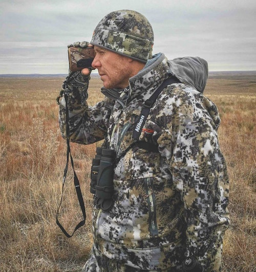 The author relied heavily on his Sig KILO rangefinder while pursuing Lone Star muleys.