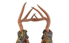 5 tips for realistic antler rattling