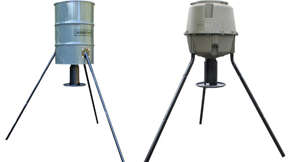 Flexible Feeding Options With Moultrie's Dinner Plate Gravity Series
