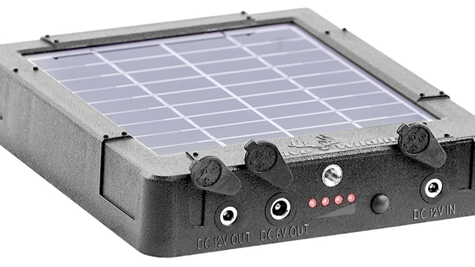 Reaktor Solar-Powered Battery Fuels Feeders, Cameras and Fun