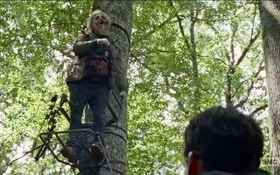 """The Walking Dead"" Features a Bowhunter in Last Night's Episode"