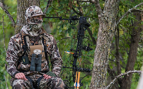 Top 10 Random Thoughts While on the Treestand