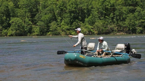 Floating the Tallapoosa River in a shallow-draft rig allows anglers the chance to get into skinny water while enjoying great scenery. (Photo: David Rainer/ADCNR)