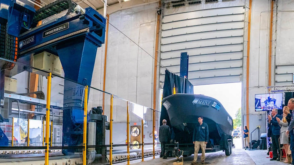 See the World's Largest Boat Made By a 3D Printer