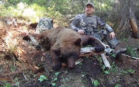 VIDEO — Bowhunting Idaho Black Bears