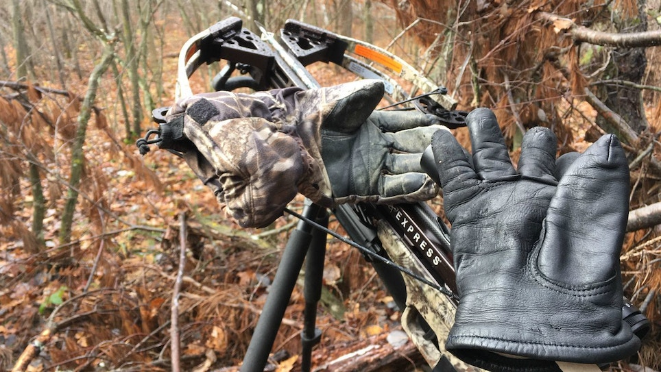 Choosing Gloves for Cold-Weather Gun and Crossbow Hunting
