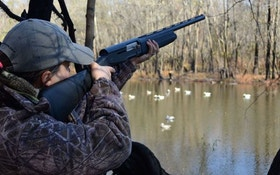 Duck hunting in Habitat Flats, Missouri