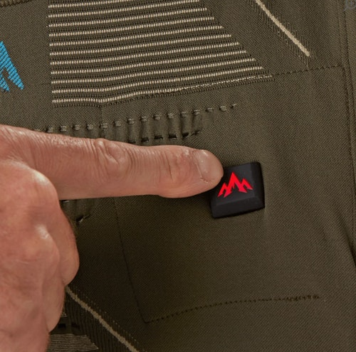 The Pnuma IconX Heated Core Vest features three levels of heat at the push of an easy access, waterproof, three-color LED heat level selection button puts hunters in control of their comfort level.