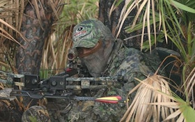 What makes a hunting crossbow?