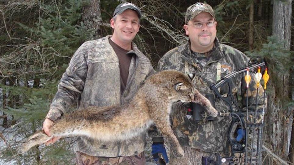 Michigan Bobcat Hunting Update: Toby Scores!