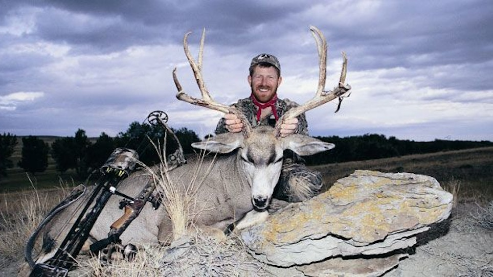Early morning glassing for mule deer pays off out West