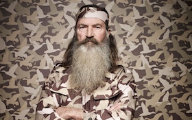 Duck Dynasty's Phil Robertson reinstated after suspension backlash