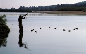 How To Hunt Ducks on Big Rivers