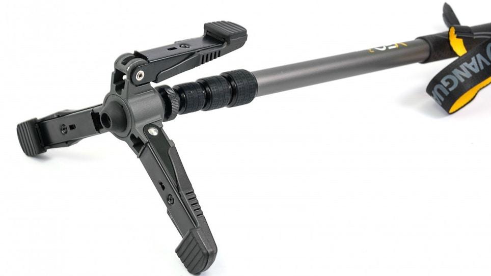 Killer Crossbow Accessory: Vanguard VEO 2 Shooting Stick