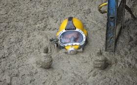 'Poo Diver' in the Spotlight