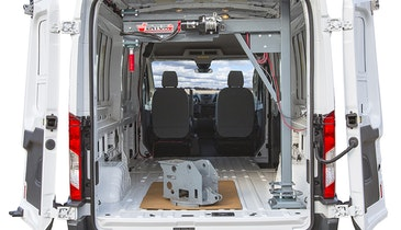 Venco Venturo Unveils First-of-its-Kind Work Van Crane