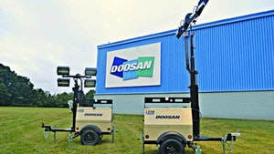 Doosan small-body light towers